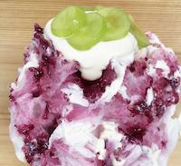 本日のかき氷 -巨峰とクリームチーズ-