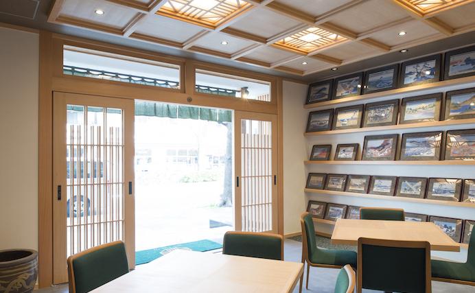 ORI TOKYO カフェのロゴマークをぜひ探してみてください
